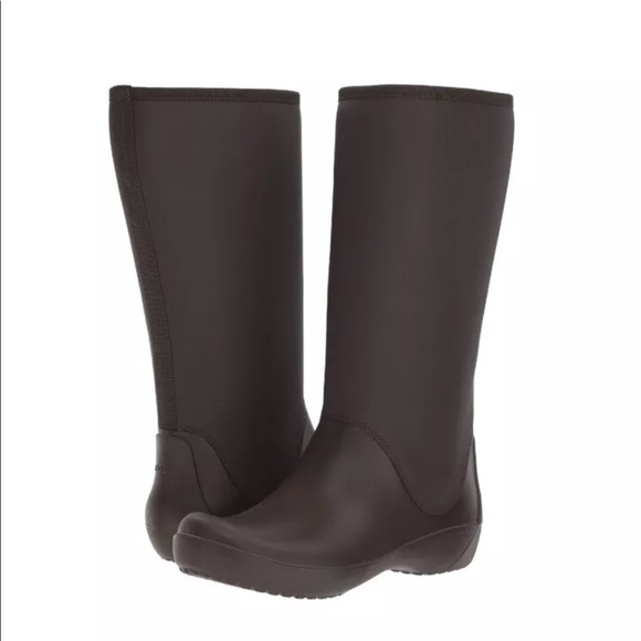 NEW NWT Rain Boots Crocs Rainfloe 7 Brown 7g6vbyYf